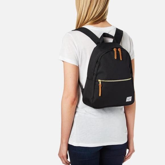 42e0e962cd6 Herschel Supply Company Handbags - HERSCHEL SUPPLY • Town Mini Backpack